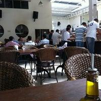 Foto tirada no(a) Restaurante Frangão por Wagner A. em 4/17/2012
