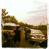 Photo taken at ดอยคำ ผลิตภัณฑ์โครงการหลวง by Krit C. on 5/7/2012