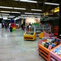 Photo taken at Entressen kirjasto by Emilia Y. on 2/17/2012