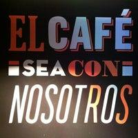 Foto tomada en Cielito Querido Café por Edgar Daniel O. el 5/27/2012