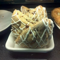 Photo taken at Starbucks by GL K. on 6/27/2012