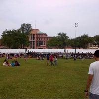 Photo taken at Bazar Ramadhan Taman Kerang (Pokok Buluh) by Is A. on 8/17/2012