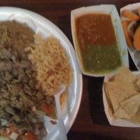 Foto tomada en California Burrito Express por Rin v. el 9/6/2012