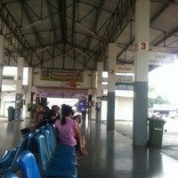 3/25/2012 tarihinde PHAK☮PAEW❥ziyaretçi tarafından Nan Bus Terminal'de çekilen fotoğraf