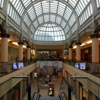 Photo taken at Roosevelt Field by Jonathan R. on 1/2/2011