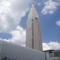 Foto tirada no(a) JR Yoyogi Station por Aya em 8/17/2012