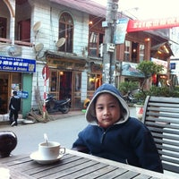Photo taken at Sapa Coffee Corner by Nghiem H. on 1/27/2012