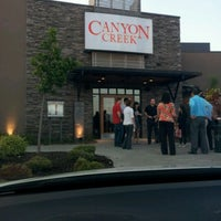 Foto tirada no(a) Canyon Creek Chophouse por Chung T. em 8/10/2011
