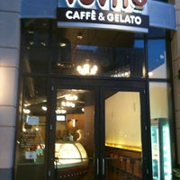 Photo taken at Vovito Caffé & Gelato by Raviv T. on 1/24/2011