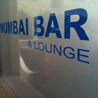 Photo prise au Mumbai Bar par Olivier M. le8/27/2011