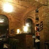Das Foto wurde bei Doblo Wine & Bar von Judit R. am 9/13/2011 aufgenommen