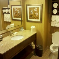 Photo taken at Hampton Inn Philadelphia Center City-Convention Center by The Cat Bird S. on 10/31/2011