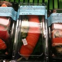 Foto scattata a Hannaford Supermarket da schneidermike s. il 2/9/2011