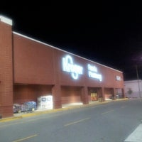 Photo taken at Kroger by Kimberly O. on 9/7/2012