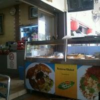 Photo taken at Restoran Khaleel by Asyraf A. on 1/21/2012