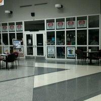 Foto scattata a Gateway - Elkhorn Campus Store da Robert C. il 10/4/2011