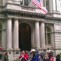 Foto tirada no(a) Old City Hall por Stephen G. em 5/10/2012
