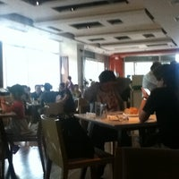 Photo taken at Element Fresh (新元素) by Xiao X. on 6/17/2012