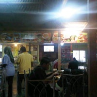 Photo taken at Nuri Tomyam Seafood by nadzril r. on 10/3/2011