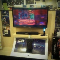 Photo taken at Best Buy by VazDrae L. on 2/18/2012