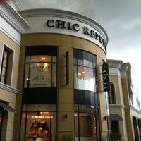Photo taken at Chic Republic by Woragan B. on 9/22/2011