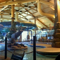 Photo taken at Tundra Lodge Waterpark by Jodi T. on 10/1/2011