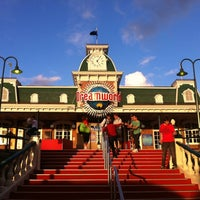 Photo taken at Dreamworld by Chris L. on 9/3/2011