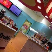 Photo taken at Tutti Frutti by Nikolas A. on 12/18/2011