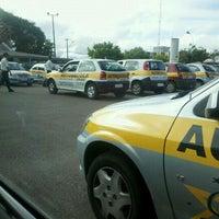 Photo taken at DETRAN/PR - Departamento de Trânsito do Paraná by Ká on 12/10/2011