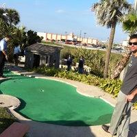 Photo prise au Magic Carpet Golf par keith h. le12/30/2011