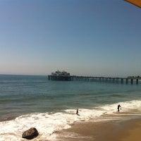 Photo taken at Malibu Beach Inn by Ann E. on 9/4/2011