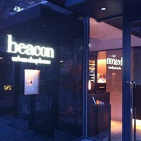 Photo taken at Beacon by Hiro A H. on 11/24/2011