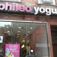 Photo taken at Phileo Yogurt by Roxanne F. on 9/24/2011