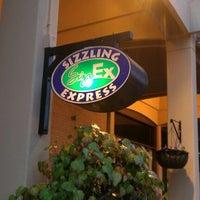 Das Foto wurde bei Sizzling Express (SizzEx) von Eric A. am 10/22/2011 aufgenommen