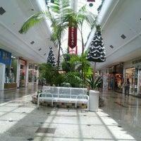 Foto tirada no(a) Rio Preto Shopping Center por Selmo B. em 11/30/2011