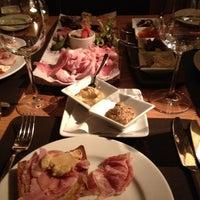 Foto scattata a Bar Boulud da Rocco A. il 3/5/2012