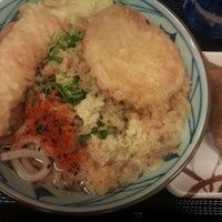 Photo taken at 丸亀製麺 宮崎住吉店 by tetsuo i. on 3/2/2012