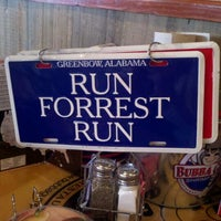 Photo taken at Bubba Gump Shrimp Co. by Alexis J. on 11/21/2011