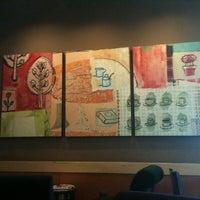 7/29/2011 tarihinde H. U. E.ziyaretçi tarafından Starbucks'de çekilen fotoğraf