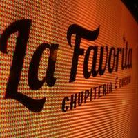 Foto tomada en Chupitería La Favorita por Daniel B. el 7/18/2012