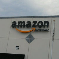 Photo taken at Amazon.com ABE2 by Sugeylie D. on 7/29/2012