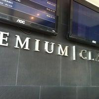 Foto tomada en Hoyts Premium Class por Fernando E. el 6/5/2012