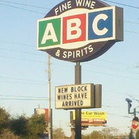 Photo taken at ABC Fine Wine & Spirits by Robin Y. on 1/14/2012