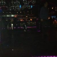 Foto tomada en Lotus Club por Emiliano A. el 6/24/2012