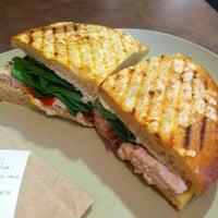 รูปภาพถ่ายที่ Panera Bread โดย Cesberry ☀ . เมื่อ 8/25/2012