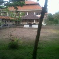 Photo taken at Kampus TI - Fakultas Teknik Universitas Udayana by Bagus W. on 9/27/2011