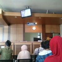 Photo taken at Kantor Imigrasi Kelas I Bandar Lampung by Rifa Galindra D. on 1/25/2012