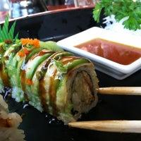 Foto tomada en Nori Sushi por Ivanessa D. el 12/30/2011