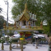 Photo taken at พระภูมิชัยมงคล / Guardian Spirit House by Asanee A. on 1/20/2012