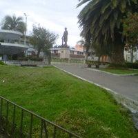 Photo taken at Parque Central Cevallos by Oscario M. on 12/10/2011